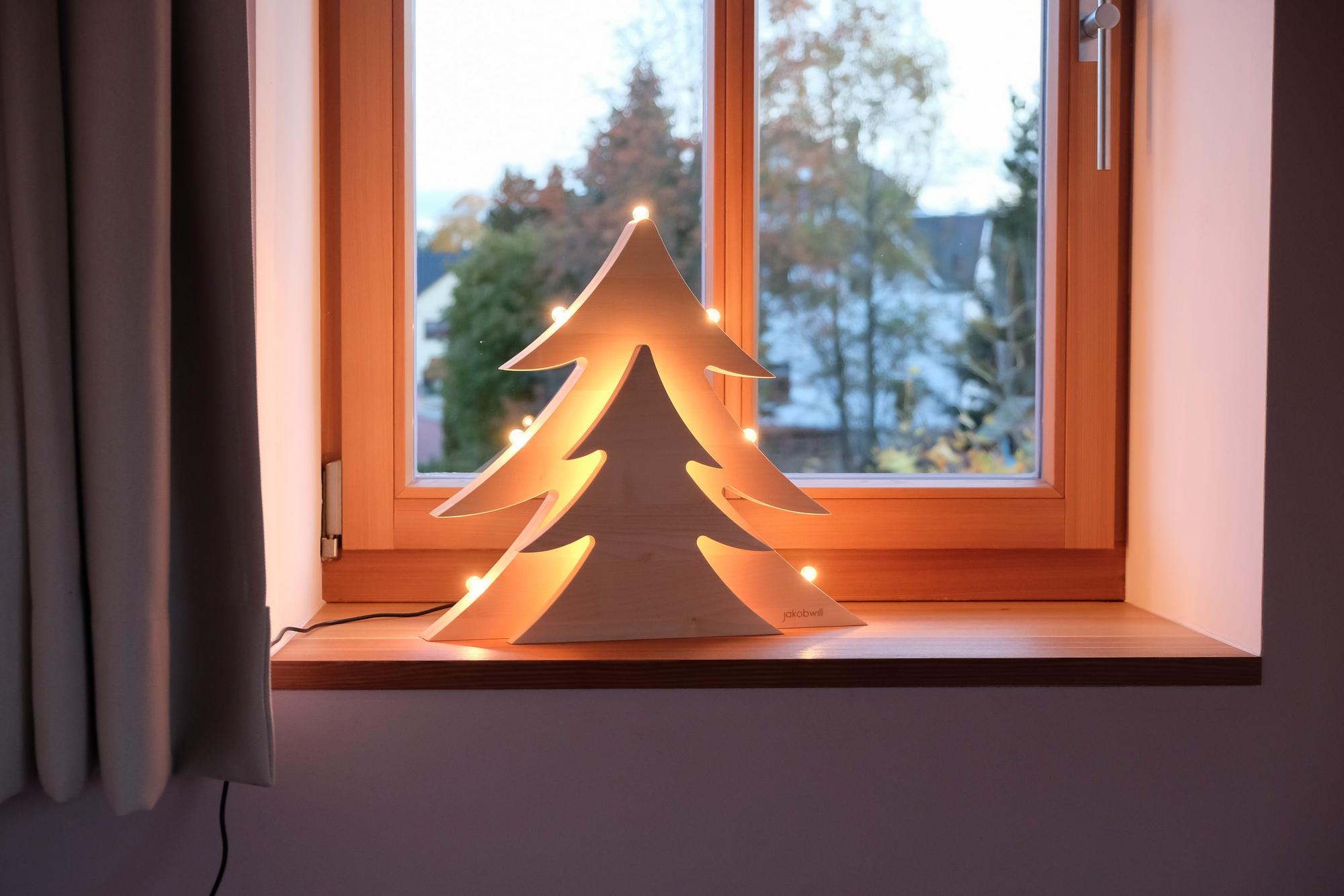 Moderner Lichterbogen Schwibbogen aus Holz mit LED oder Glühbirnen